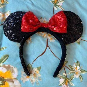 Disney Minnie Mouse woman size headband ears
